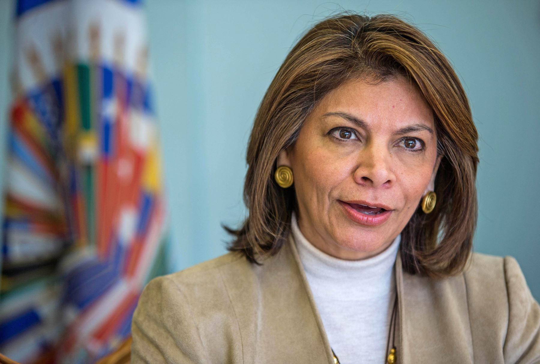 Ex presidenta de Costa Rica, Laura Chinchilla, encabeza la primera misión de observación electoral de la OEA en territorio estadounidense.