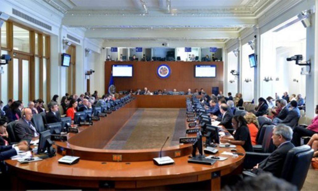 Canciller venezolana llama a diplomáticos de la OEA